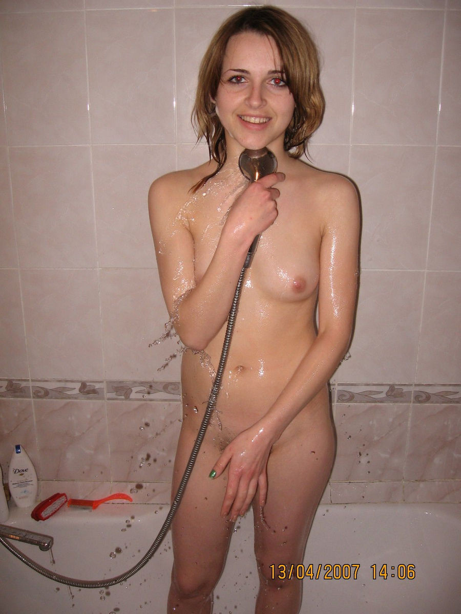 Lovely Amateur Girl With Small Tits In Bath  Russian Sexy -6977