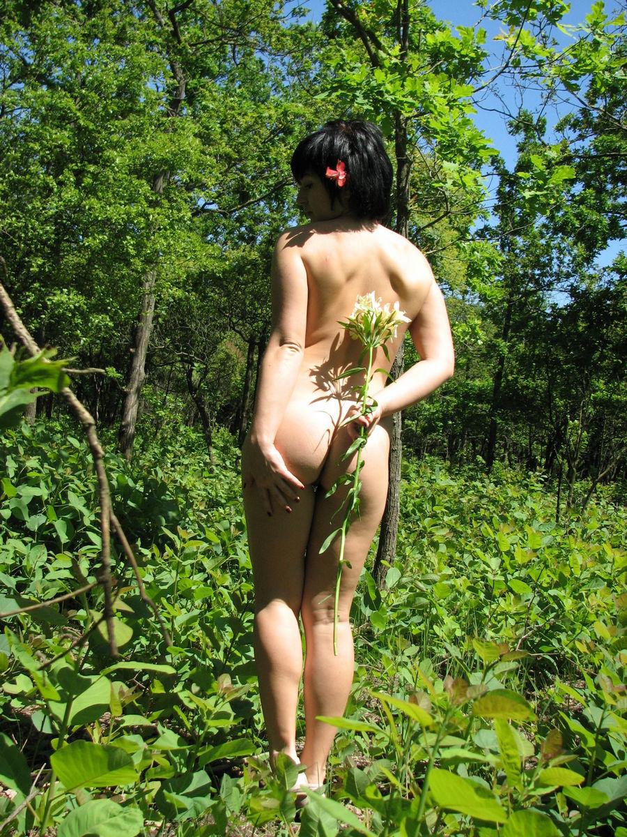 Эротика в лесу домашняя 26 фотография