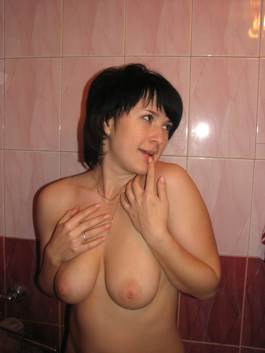 boobs Amateur wife robin naked