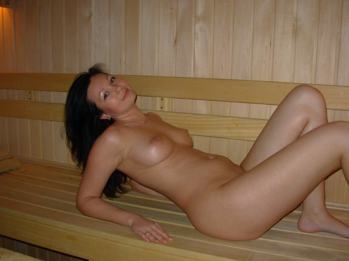Nude wife in sauna does plan?