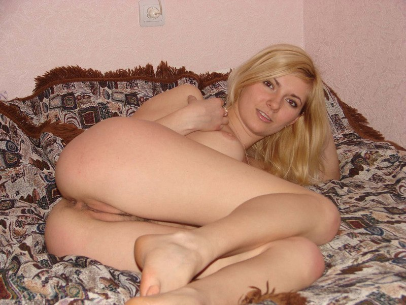 Sexy blonde girl naked on bed agree