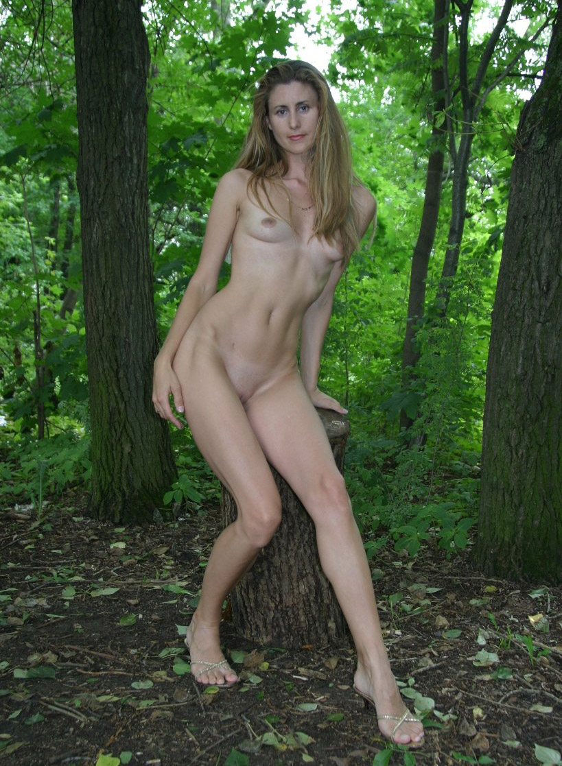 really skinny girls nude