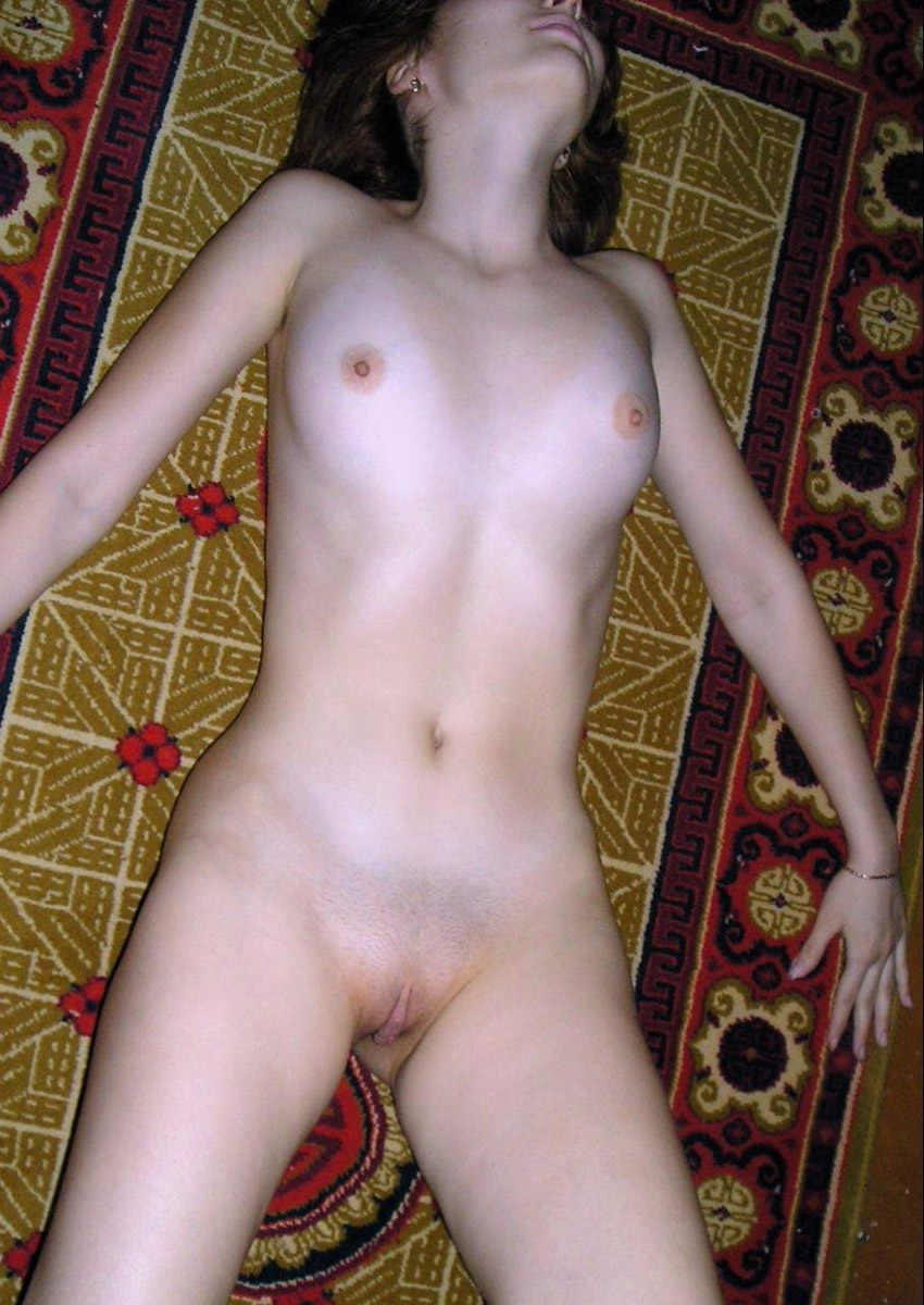 Nice Russian Milf With Sexy Body And Hairy Pussy At Home -5105