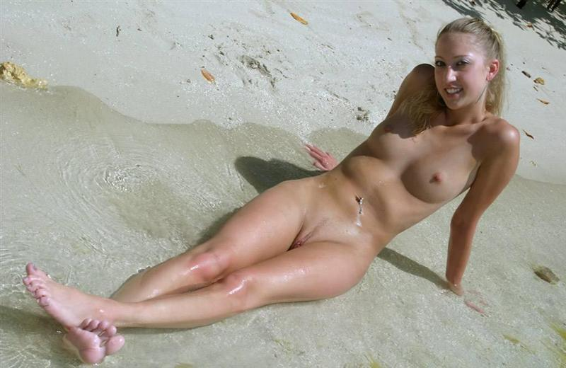 blonde naked women on the beach