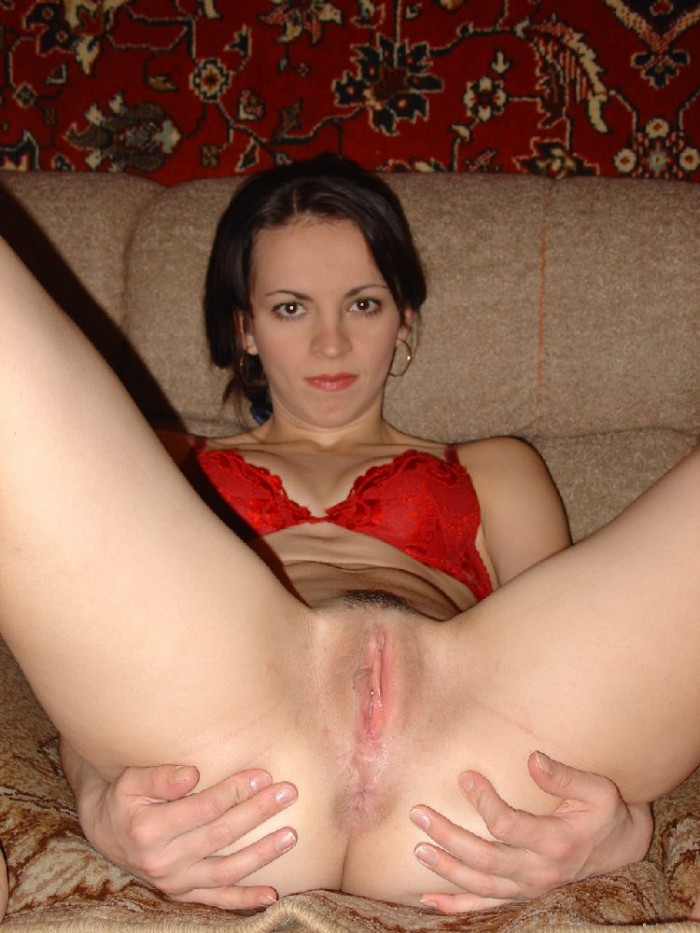 Sexy russian girl takes off her panties and shows her clit.jpg