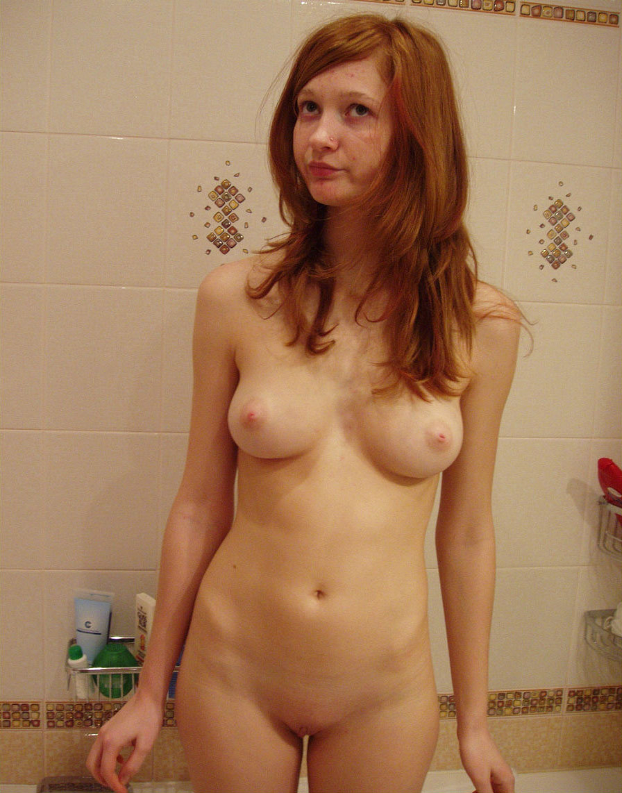 Lovely Russian Redhead Teen With Sweet Boobs In Bath -5077
