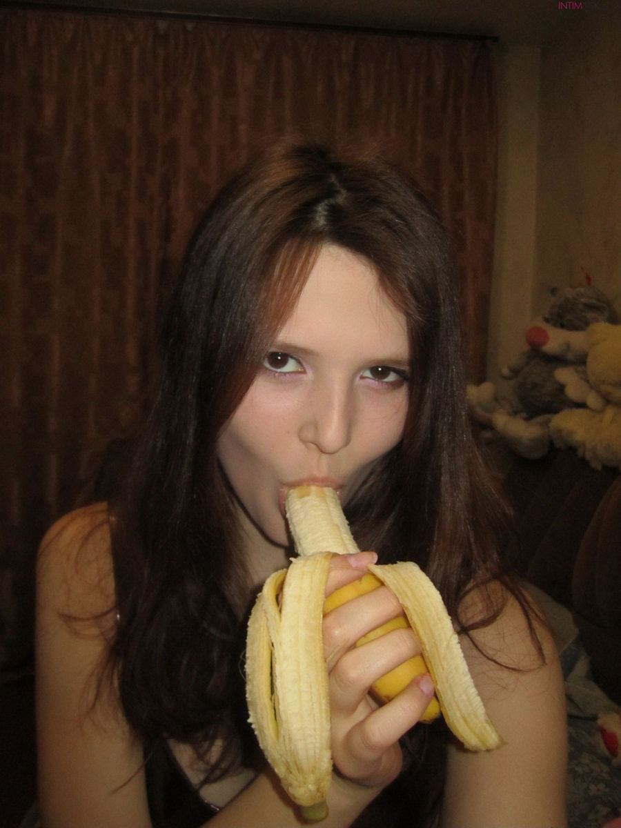 Did girl with a banana cock