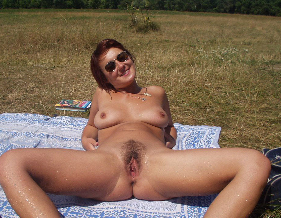 Chick With Sun Glasses Bathing Naked Out In The Nature