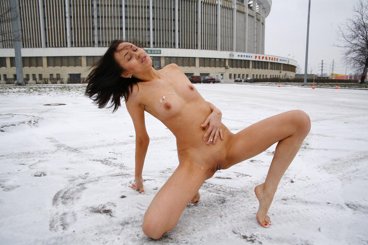 Nude In The Cold