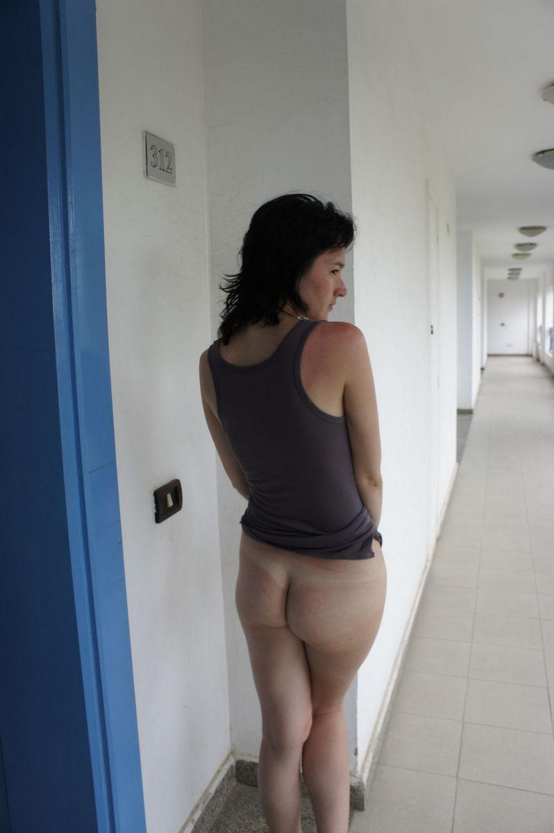 amateur brunette hotel pussy