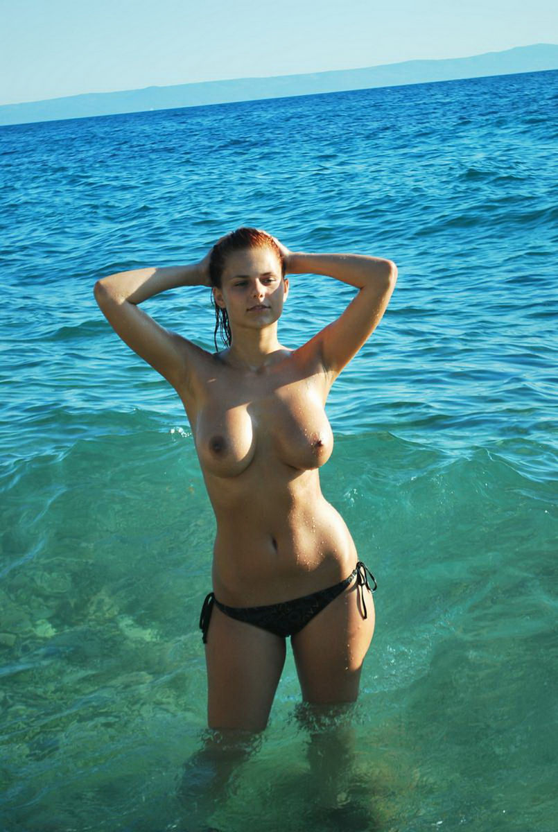 Perfect Redhead With Amazing Ideal Big Boobs At The Sea -2252