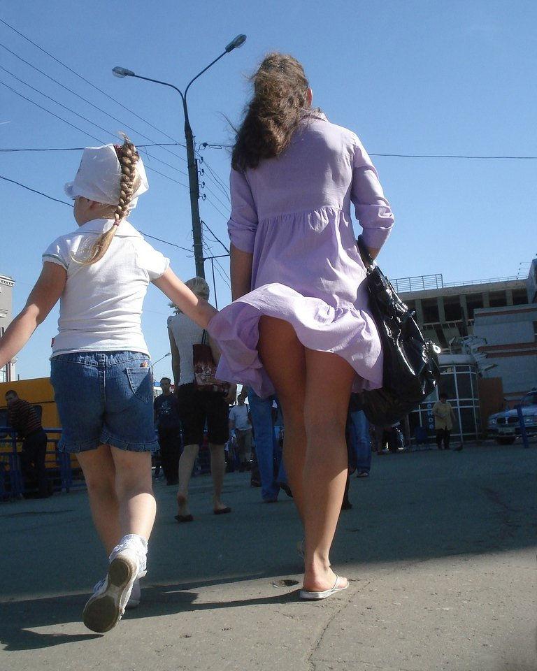 школьницы в мини юбках фото