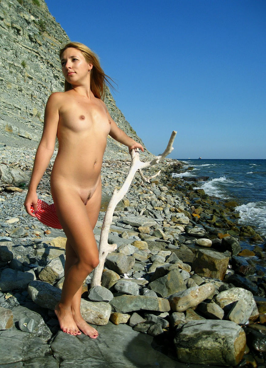 Sexy Blonde With Nice Body Posing At The Beach  Russian Sexy Girls-6438