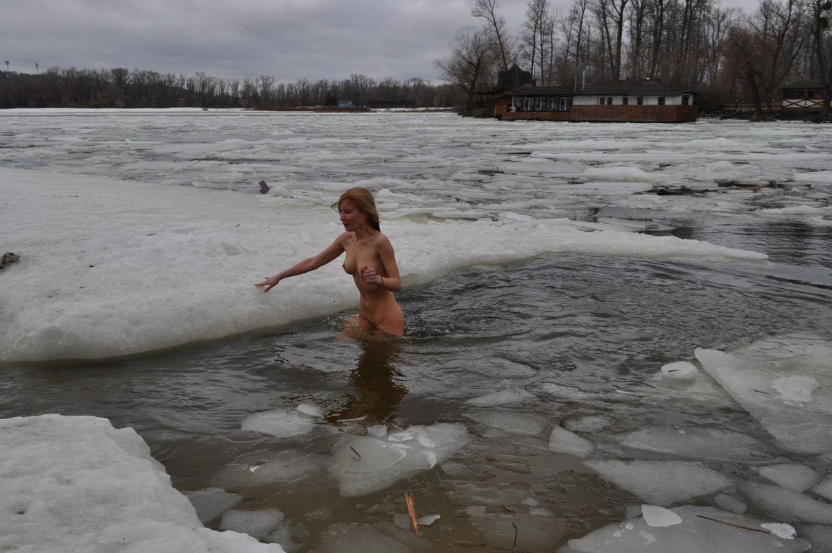 russain nude girls ass