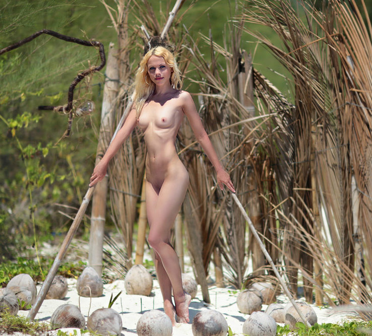 Skinny And Beautiful Blonde Posing Naked At Beach -2581