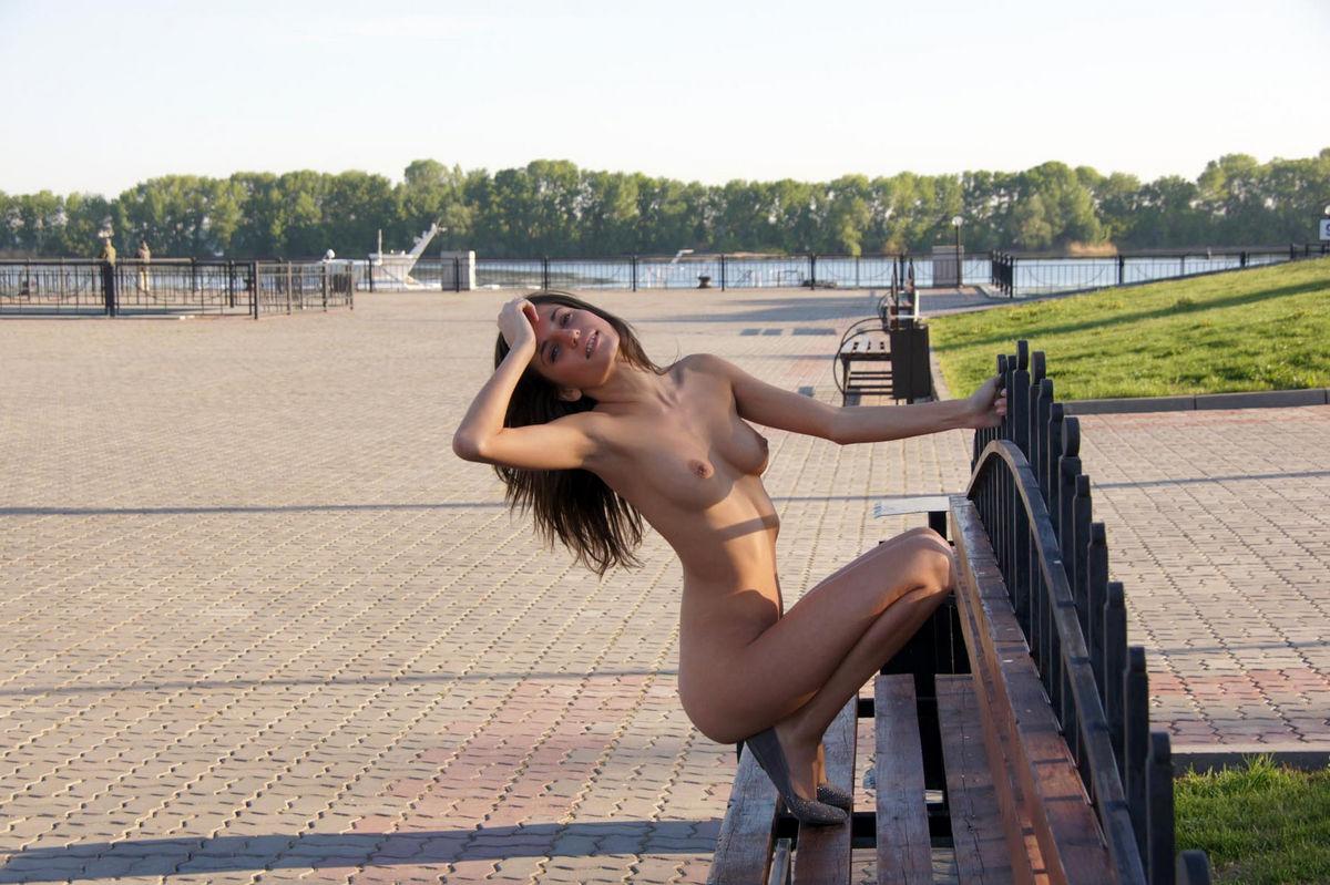 foto-nyu-devushek-iz-kazani-doma