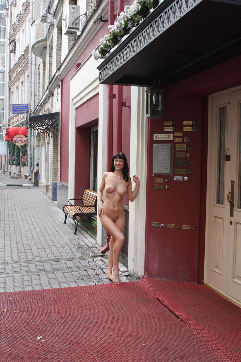 Эротика на улицах москвы 11 фотография