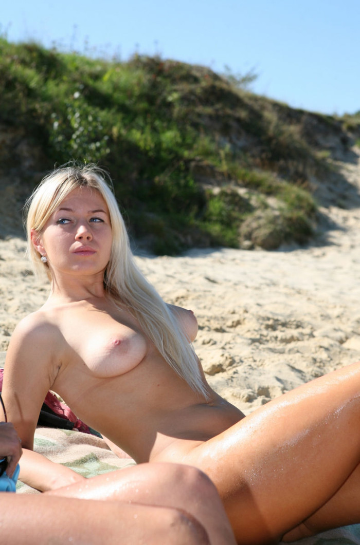 Beach fun having nude girls