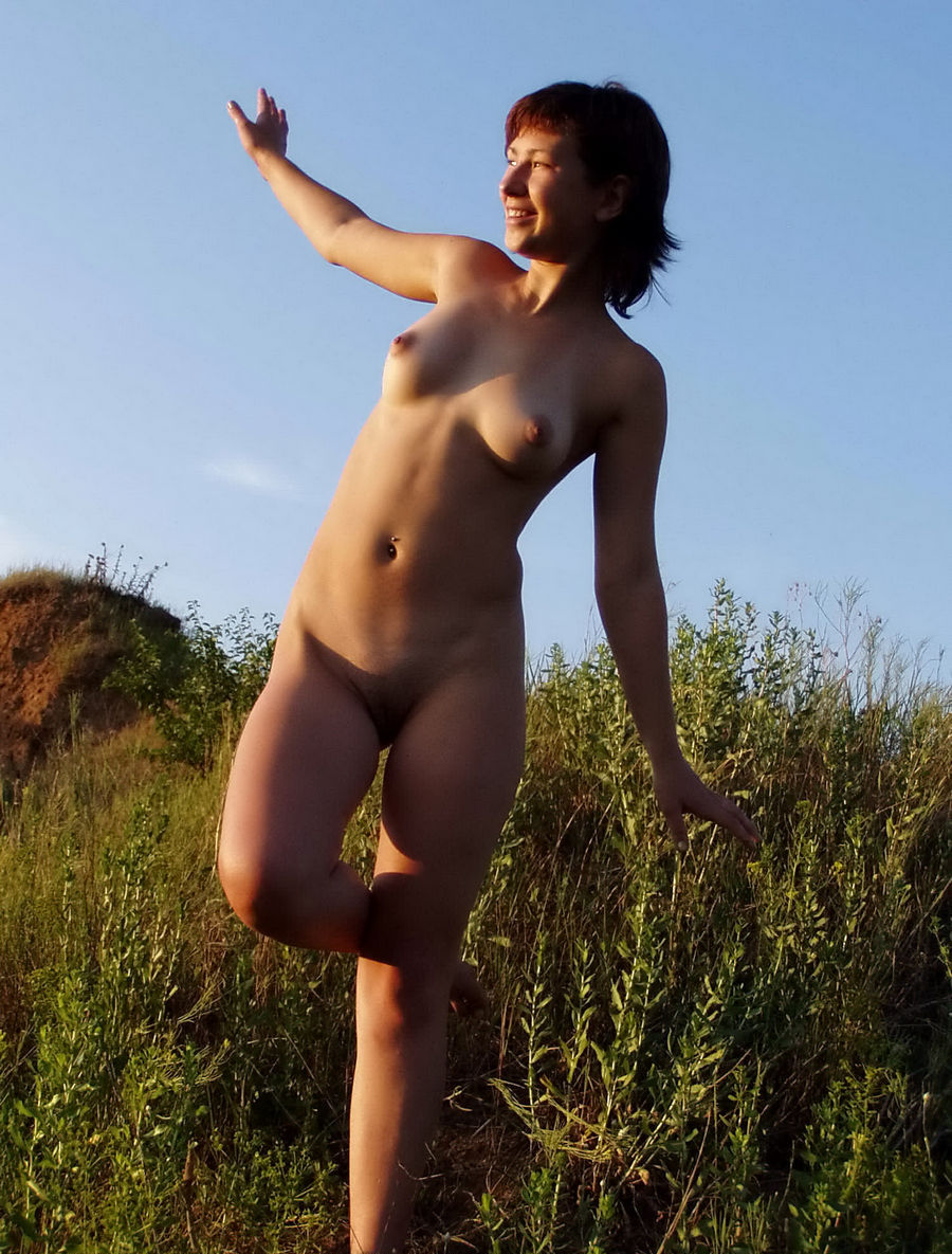 Have thought Shorthaired russian girl posing naked think