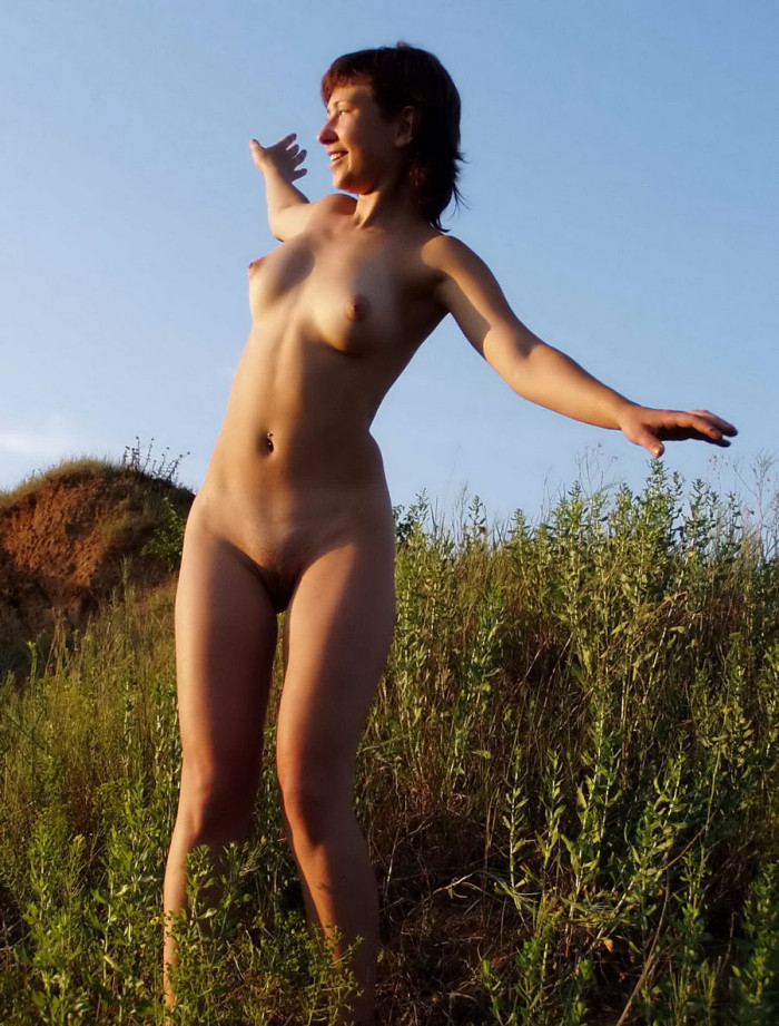 Opinion you Shorthaired russian girl posing naked