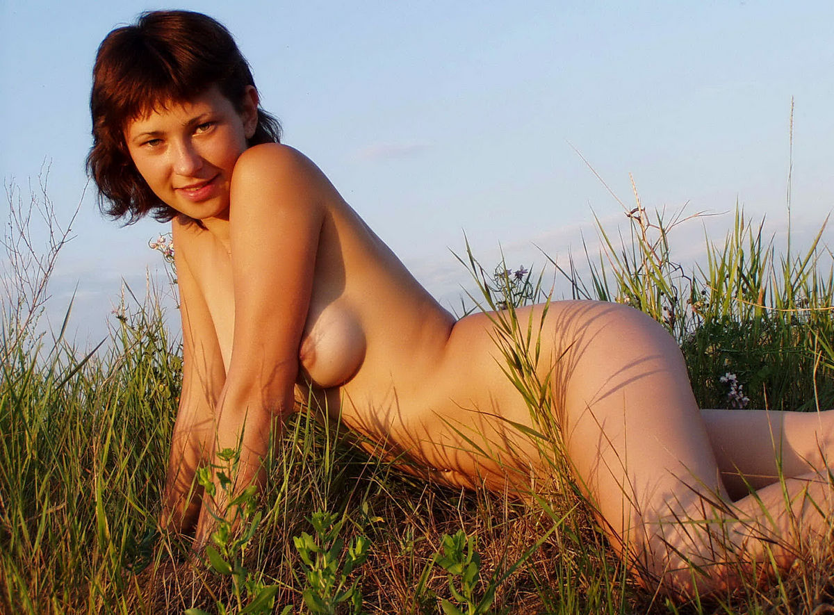 hot naked sexy outdoors Very girls