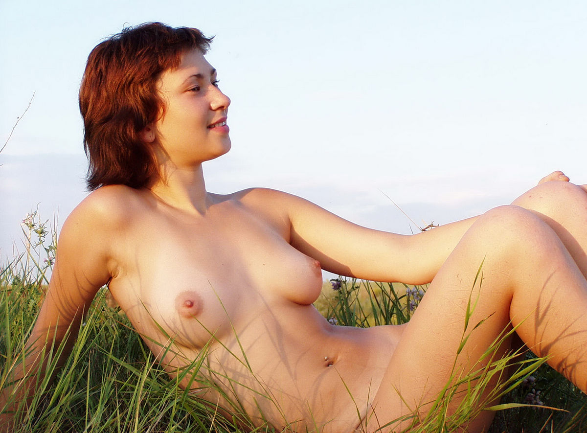 Thought differently, Nude girls with very short hair