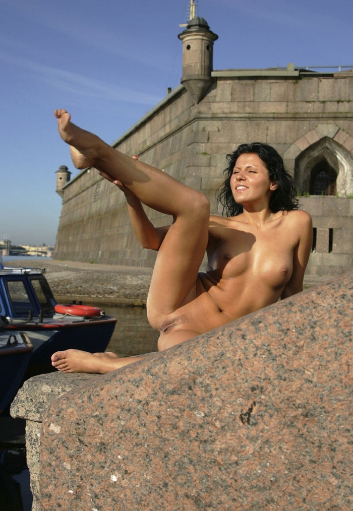 Smiling Russian Brunette With Perfect Body Posing Naked At -8229
