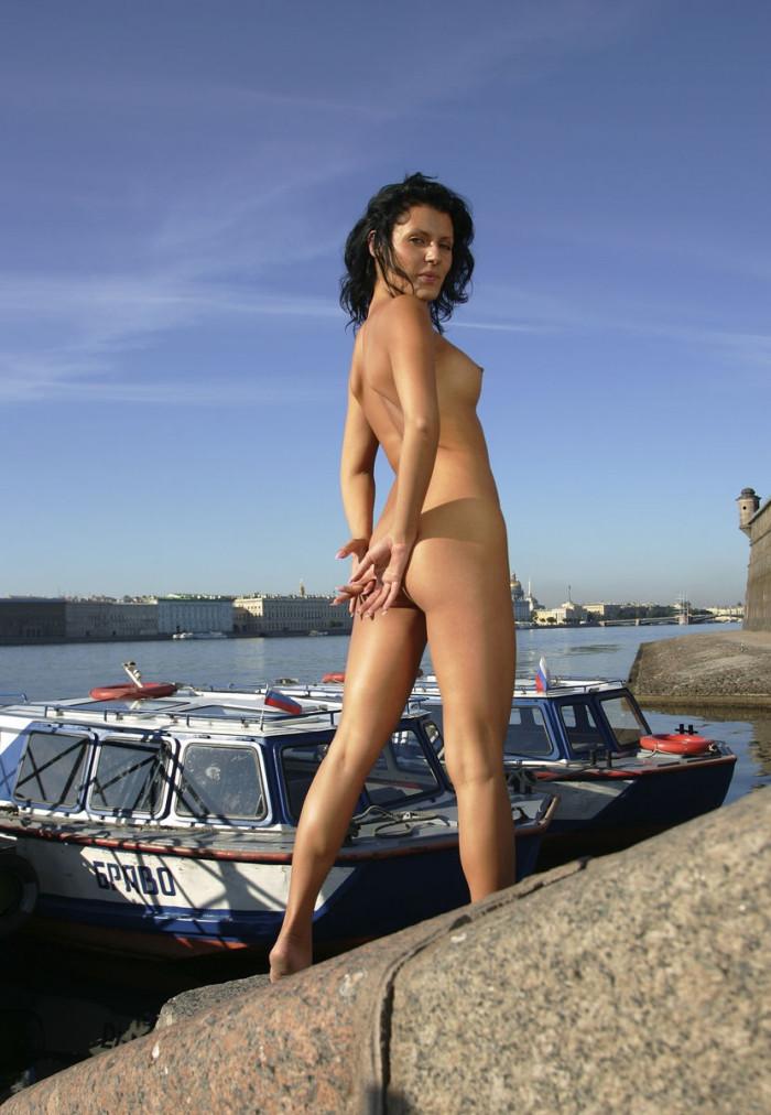 nude hot female bodies