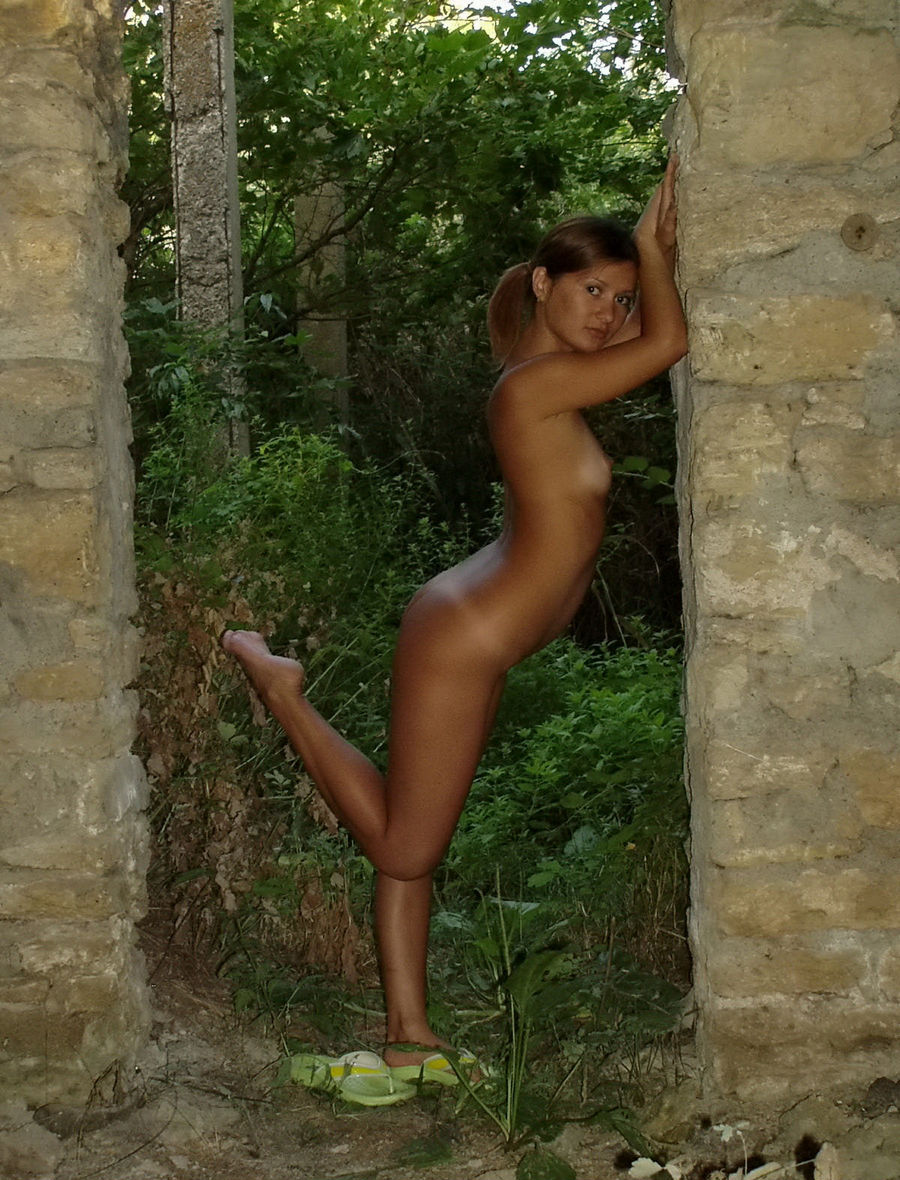 really tan girls nud