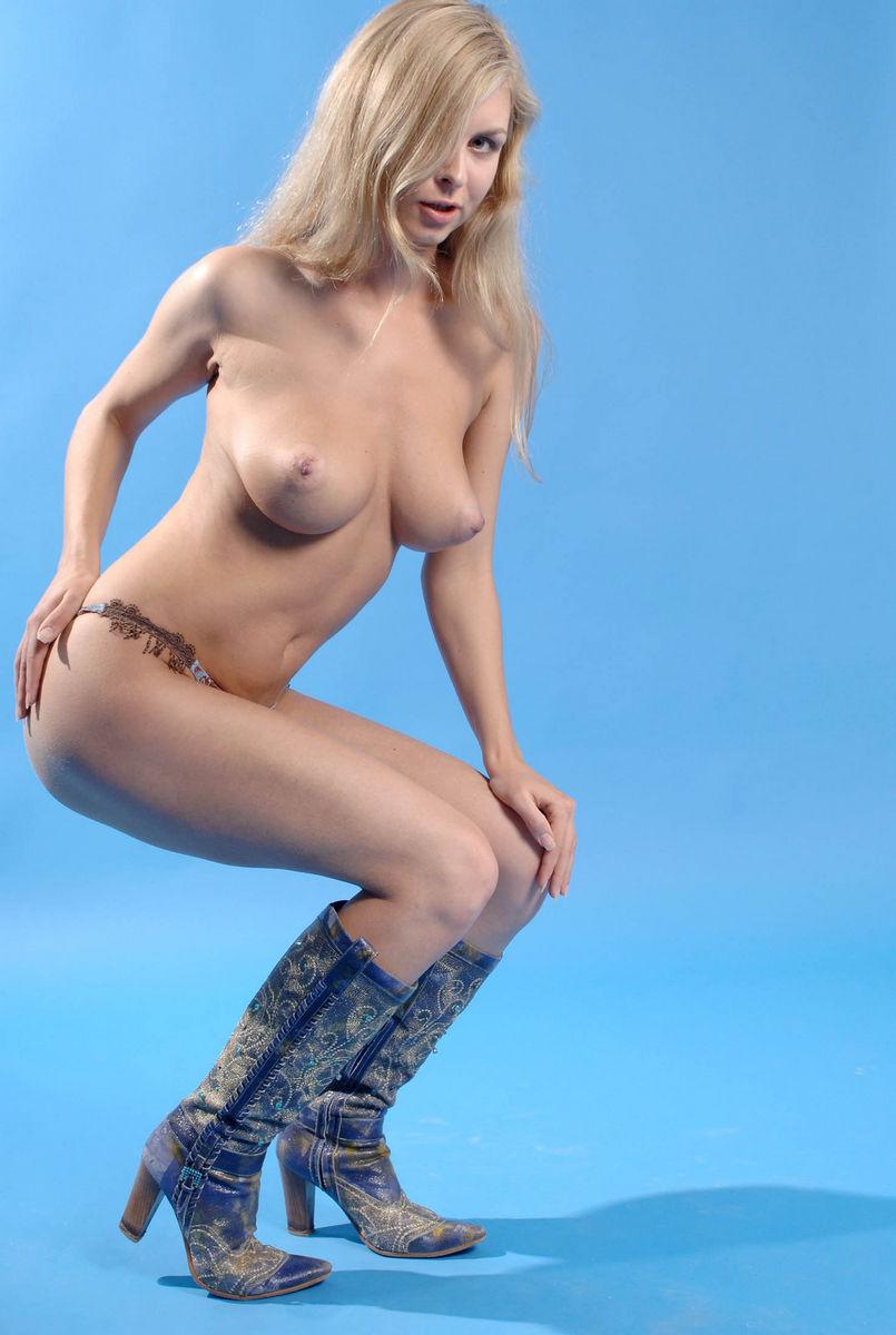 Beautiful Set Of Blonde Girl  Russian Sexy Girls-6121