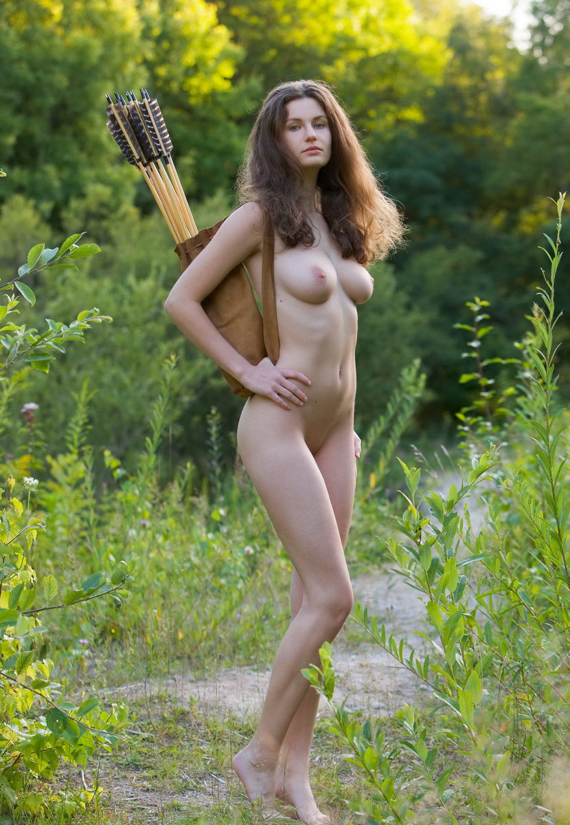 Naked bow hunting girl porncraft pics