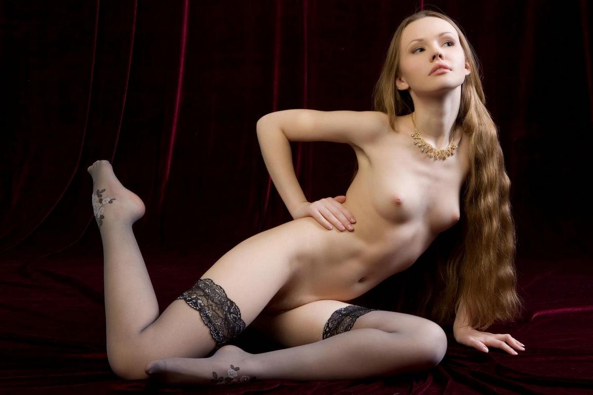Beautiful Teen Shows Her Young Pussy  Russian Sexy Girls-8617