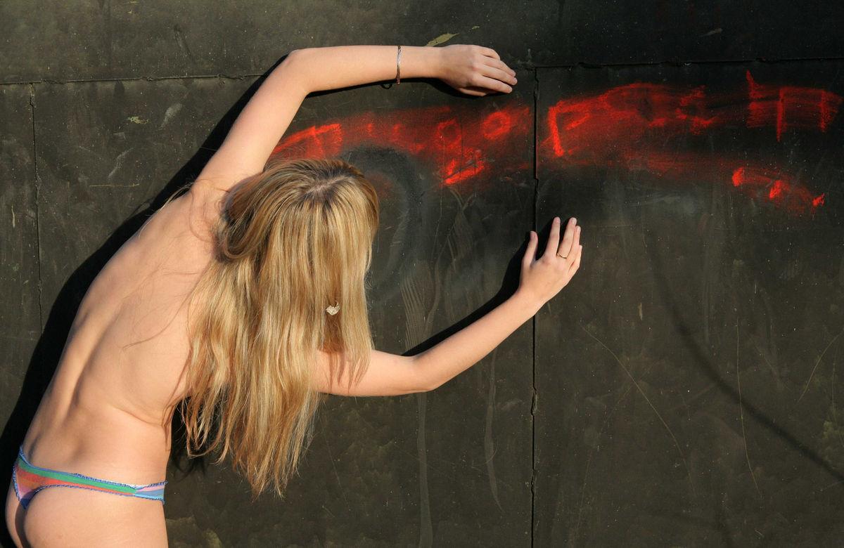 Blonde Teen Undressing Behind Garages  Russian Sexy Girls-3644
