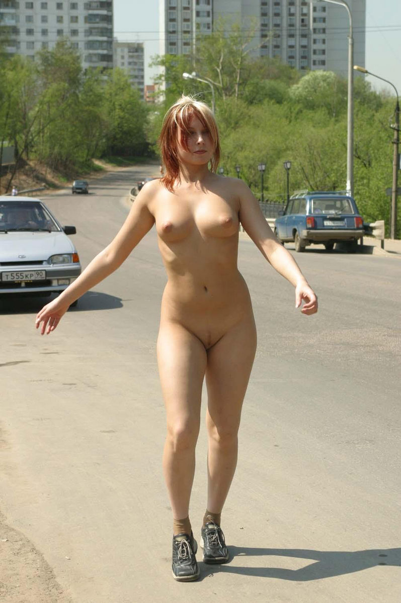 Hot Teen Walks Naked At Public  Russian Sexy Girls-3633
