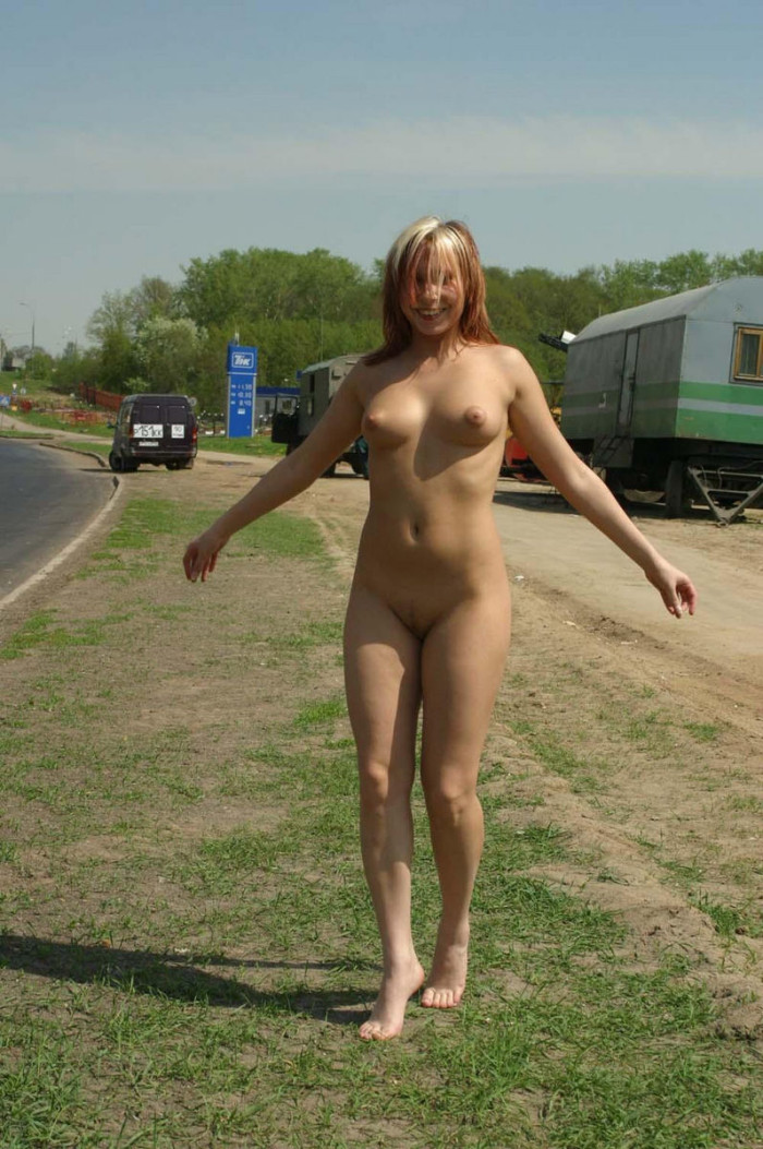Russian girls posing nude in public 10