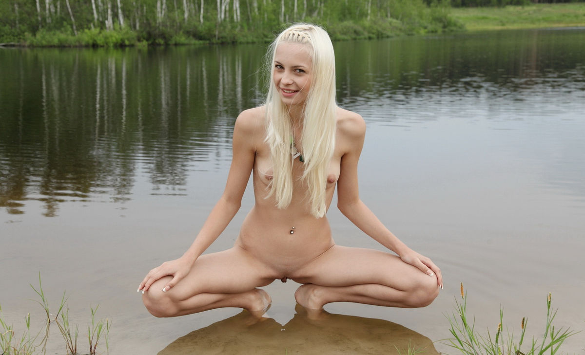 Naked young sexy-7632
