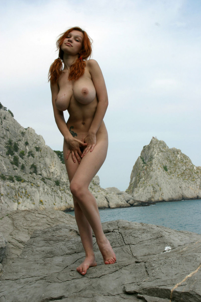 Smiling Redhead With Huge Boobs Undressing  Russian Sexy Girls-8510