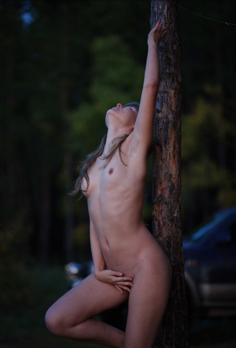 Sporty Blonde Teen Naked At Forest  Russian Sexy Girls-9336