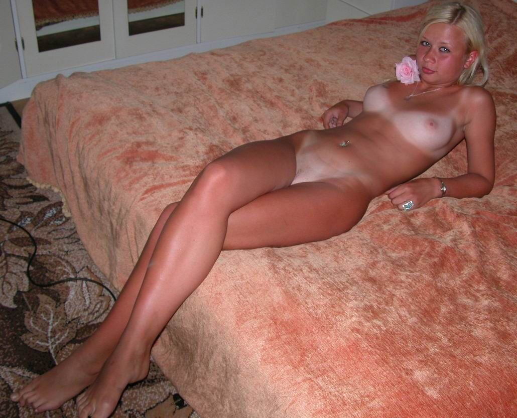 Teens blonde tan naked