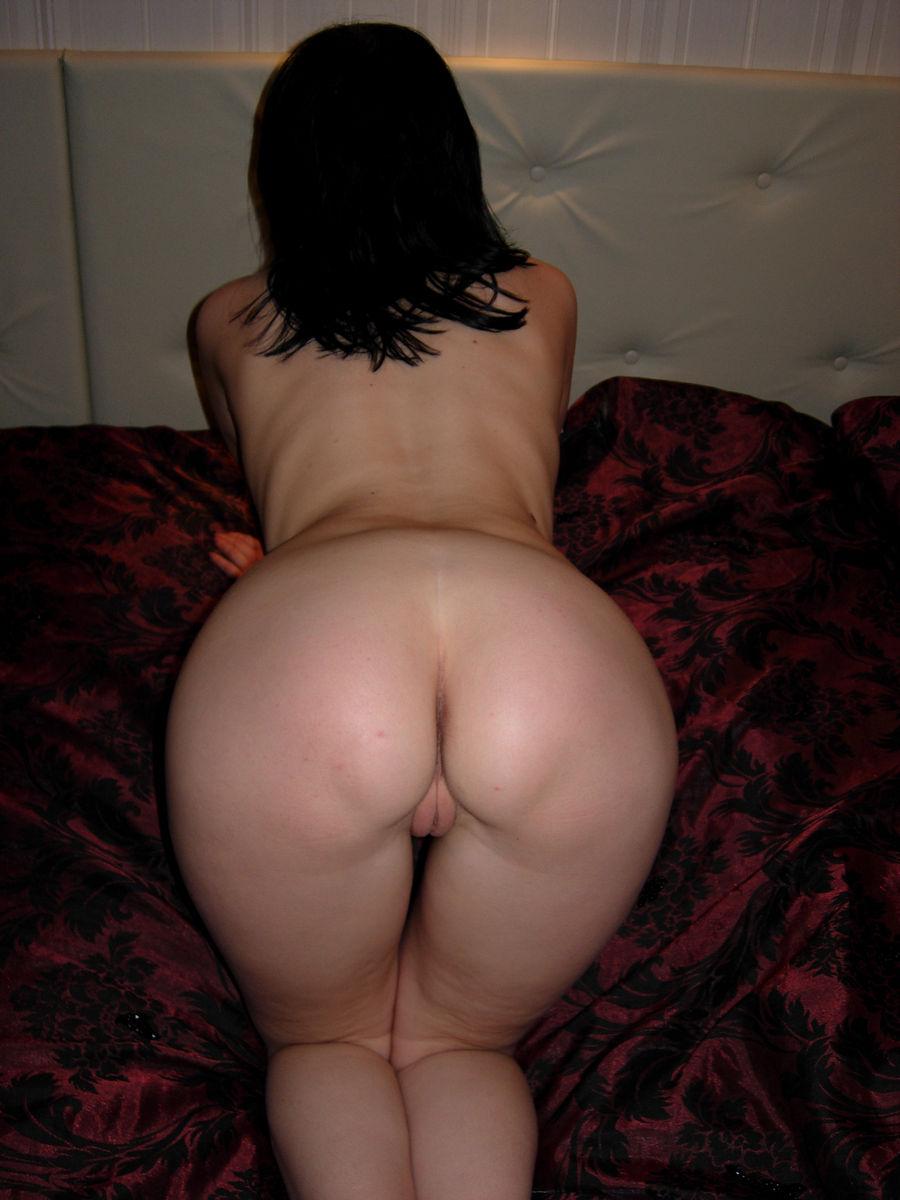 Секс фото голые брюнетки 6 фотография