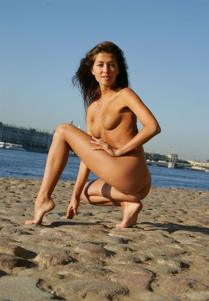 Beautiful Babe With Tanned Body  Russian Sexy Girls-6732