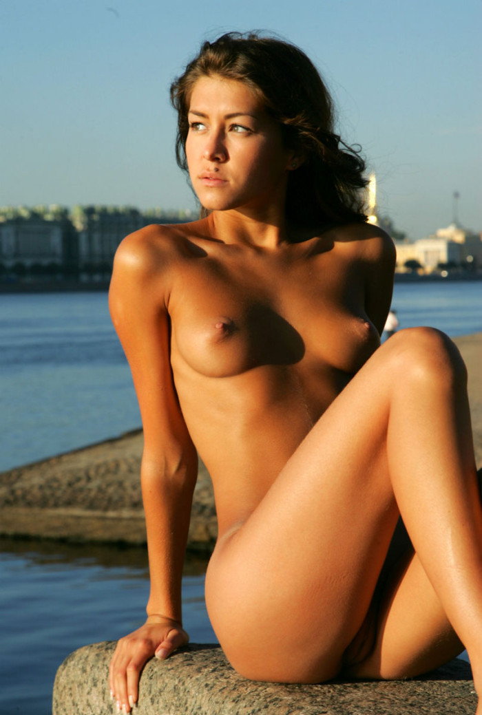Beautiful Babe With Tanned Body  Russian Sexy Girls-6204