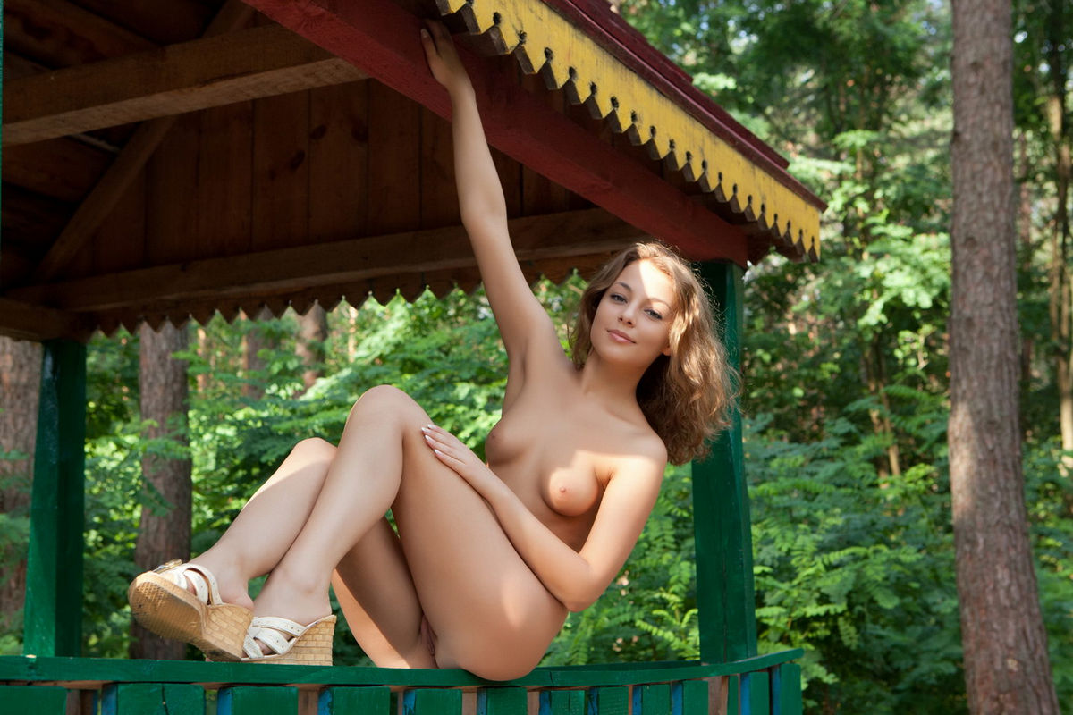 Beautiful Russian Babe At Forest  Russian Sexy Girls-9409