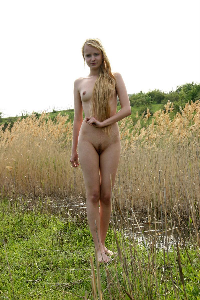 Authoritative nude nature girls