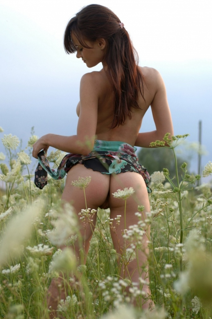 Busty Girl Takes Off Dress In The Fields  Russian Sexy Girls