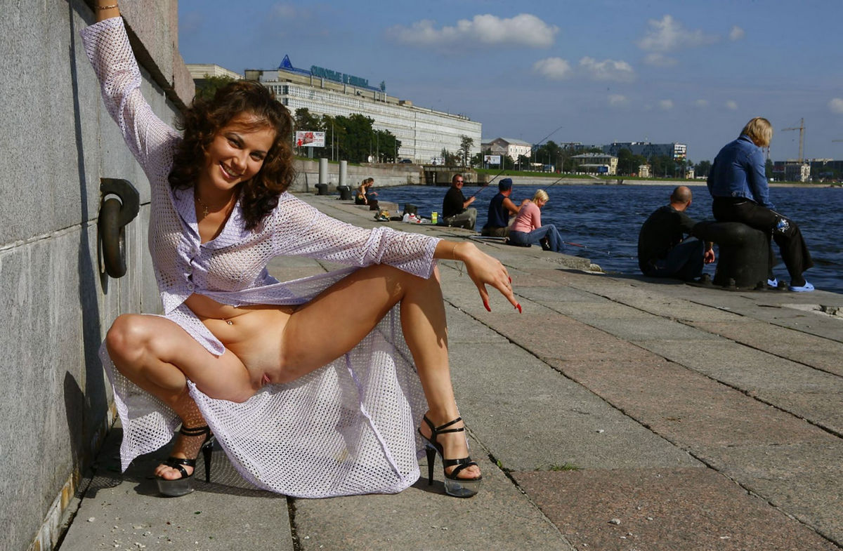 Busty Russian Girl On Public Pier  Russian Sexy Girls-9223