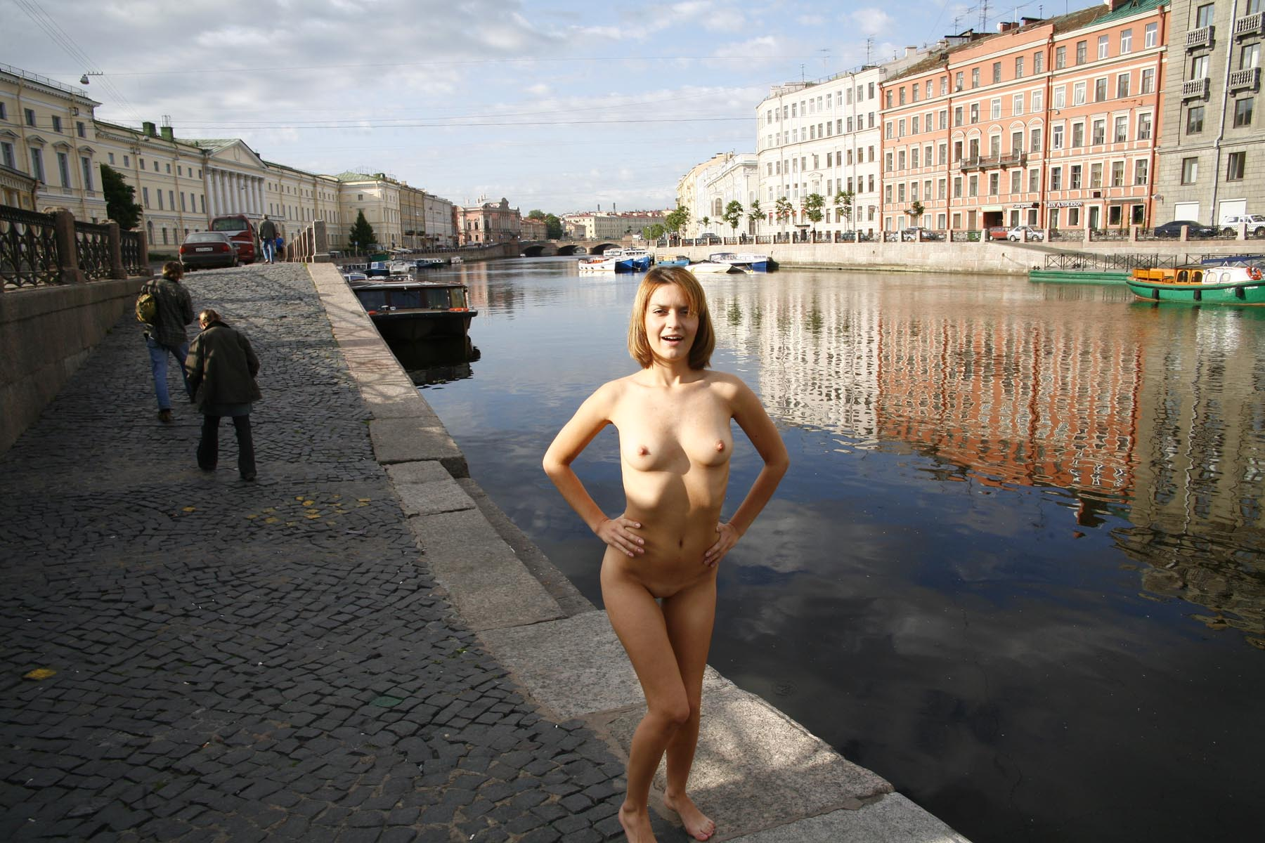Crazy Russian Girl Exposes Her Naked Body At Pubic -2681