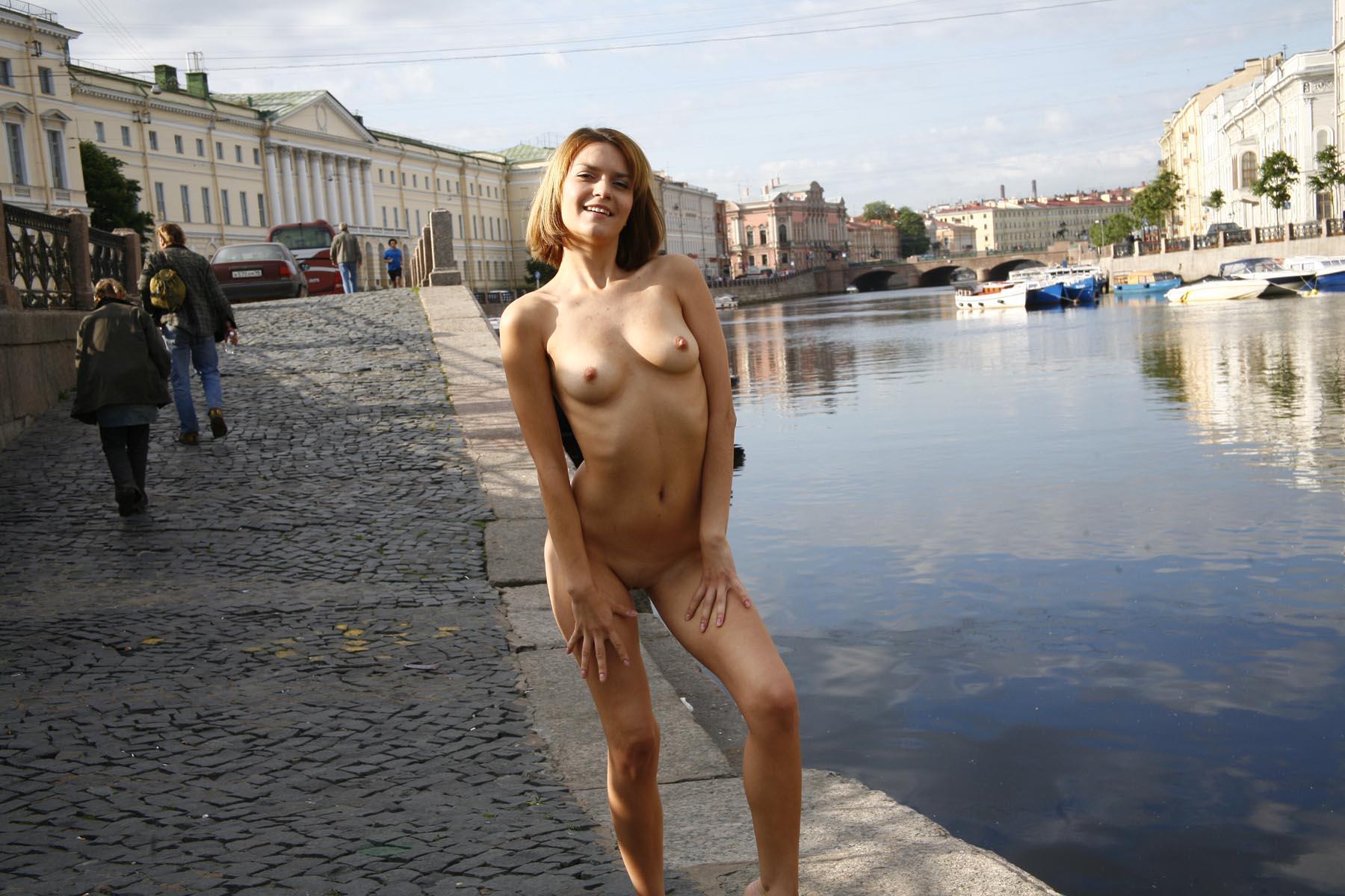 girls pubis nude photos