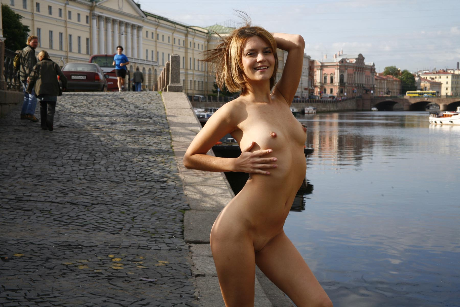 Crazy Russian Girl Exposes Her Naked Body At Pubic -5938