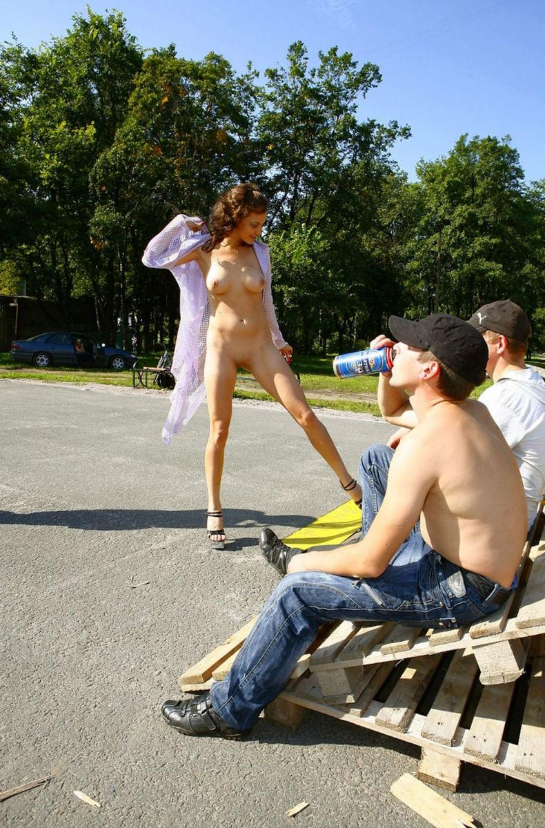 отказалась порно прогулки по городу онлайн когда уже приехали